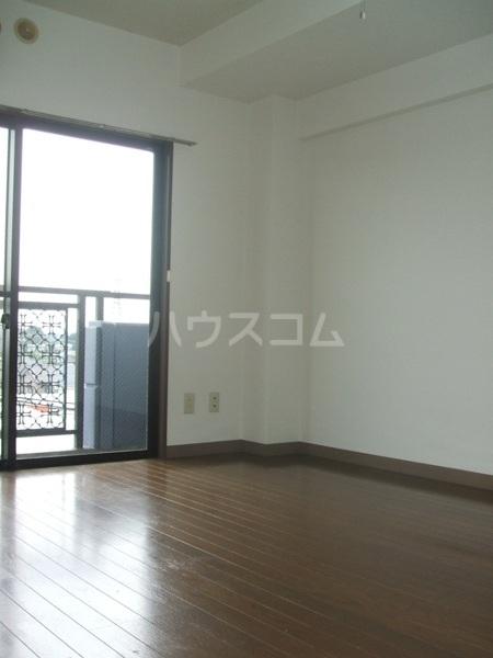 日建シェトワ-5 503号室の居室