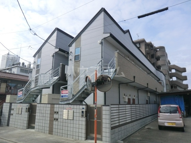 モンステラ高田B棟外観写真