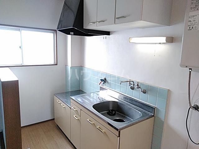 光ハイツ 102号室のキッチン