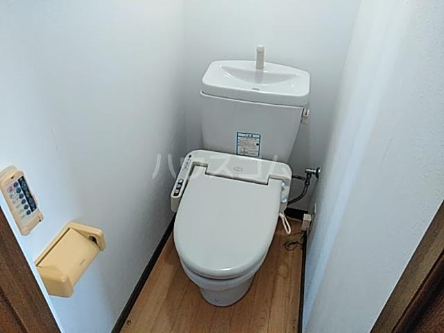 光ハイツ 102号室のトイレ