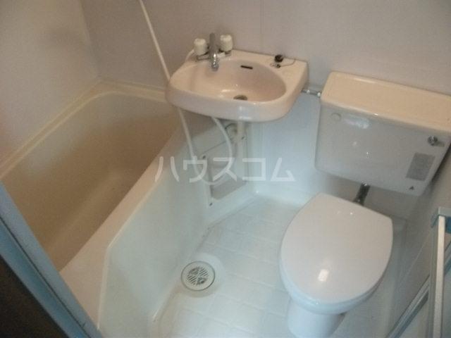 シューコーポ 203号室の風呂