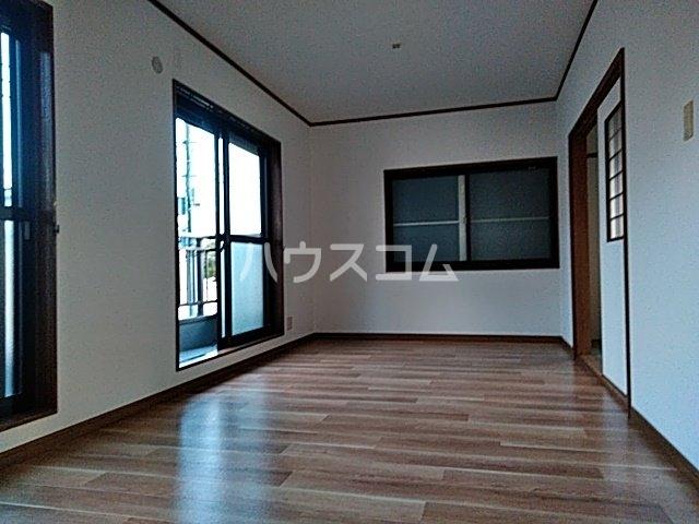 奥田ハイツⅢ 101号室のキッチン