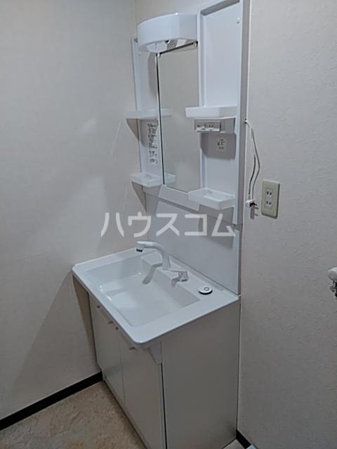 奥田ハイツⅢ 101号室の玄関