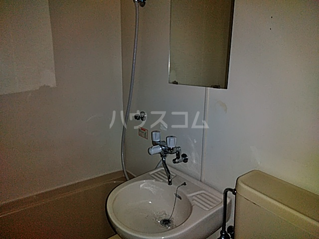 ネオコーポ都 東棟 212号室の洗面所