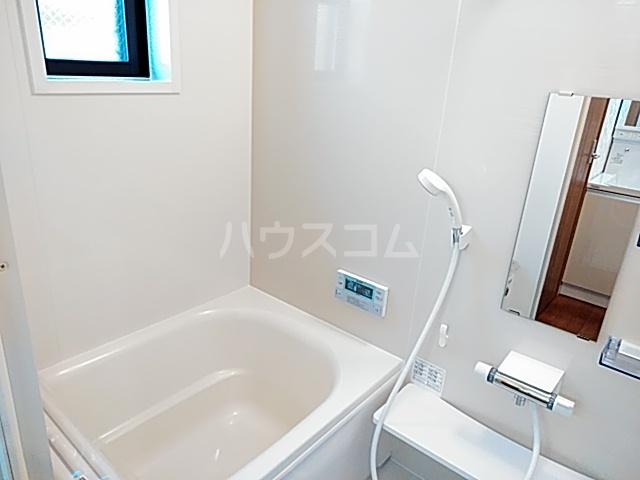 プリムラ夏越 203号室の風呂