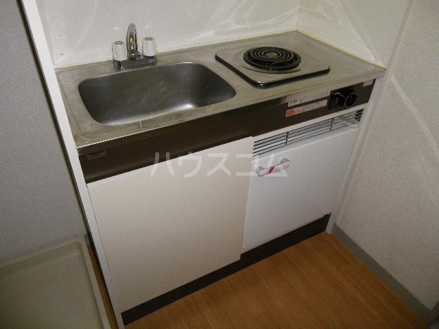 NOAマンション 702号室のキッチン