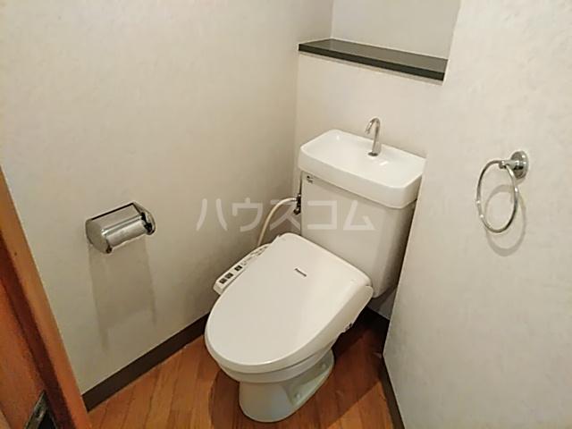 ノースウィング 406号室のトイレ