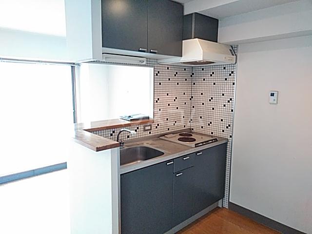 ノースウィング 323号室のキッチン