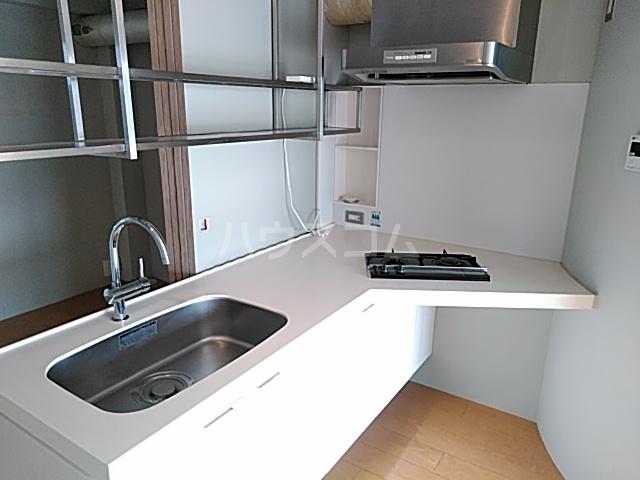 CuRVA 1号室のキッチン