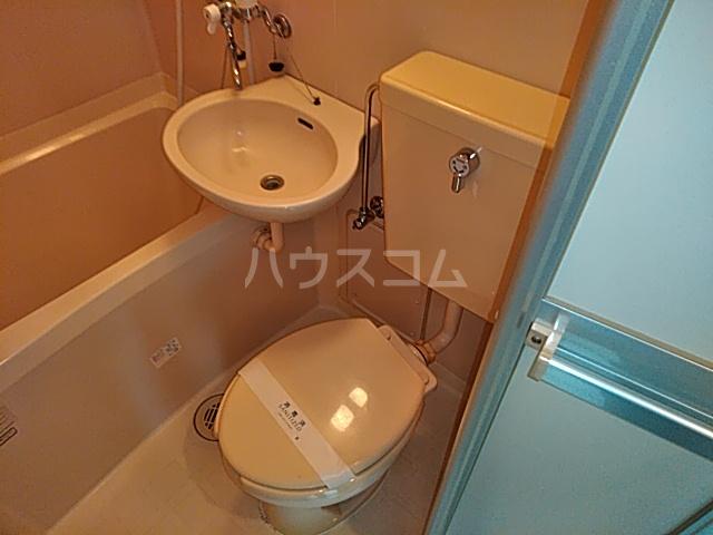 アンフィニィ・西町 208号室のトイレ