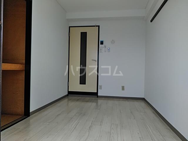 アンフィニィ・西町 208号室のベッドルーム