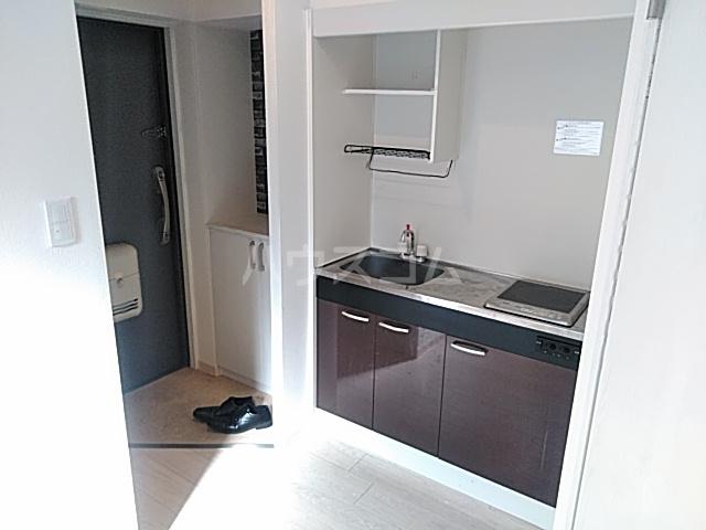 A-1薩摩マンション 101号室のキッチン