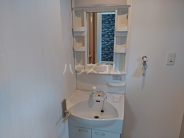A-1薩摩マンション 101号室の洗面所