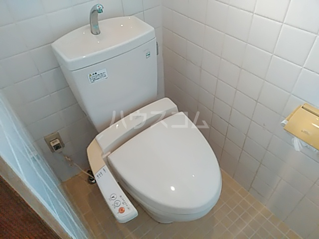 太秦面影町貸家のトイレ