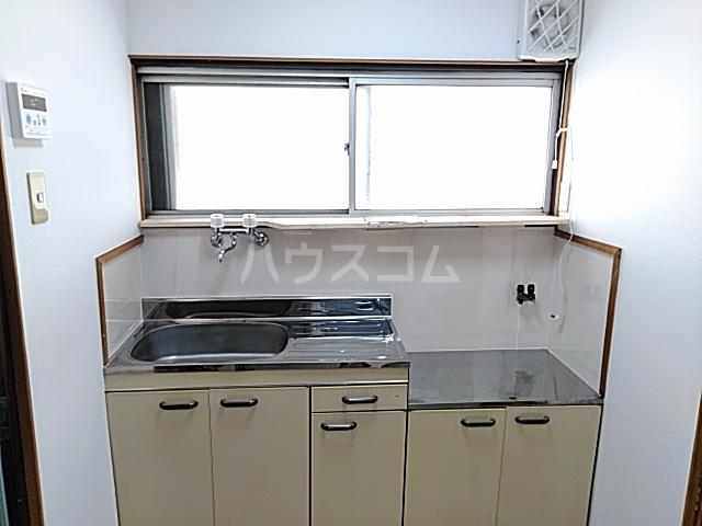 チェリーハイツ 205号室のキッチン