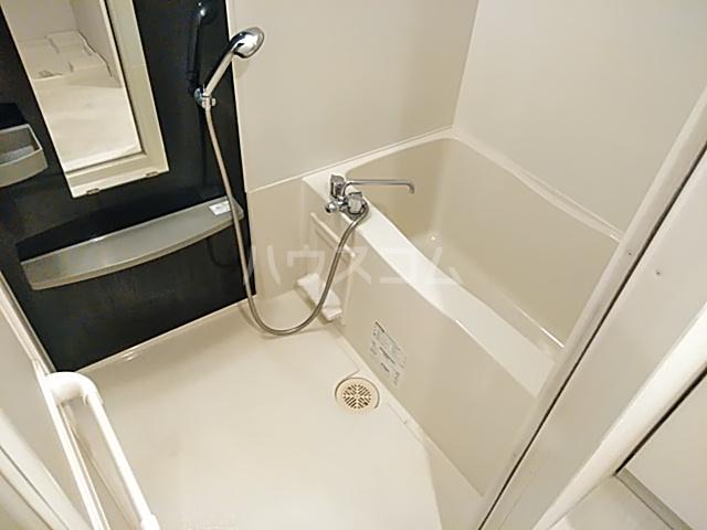 エスリード西小路御池 610号室の風呂