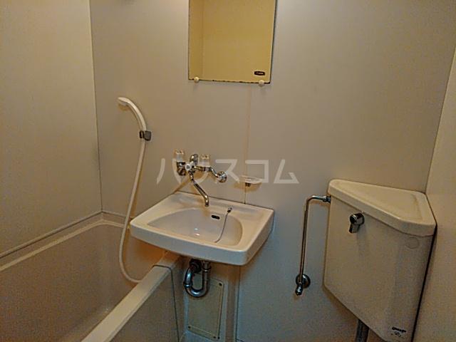 ジュネス阪本 208号室の風呂