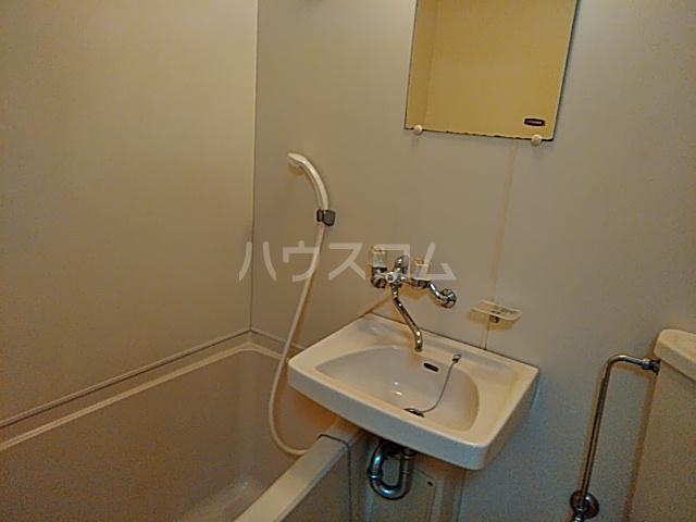 ジュネス阪本 205号室の風呂