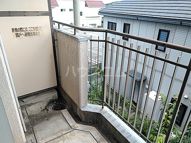 プレアール箕面粟生 105号室のバルコニー