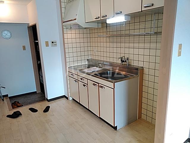 プレアール箕面粟生 105号室の居室