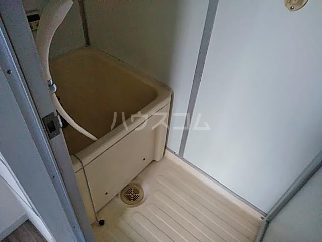草野マンション21号館 506号室の風呂