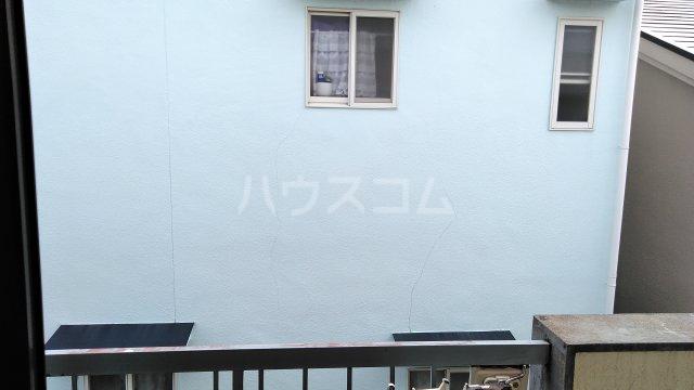 ニューライン岡町 302号室の景色