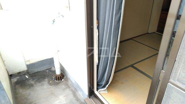 ニューライン岡町 302号室のセキュリティ