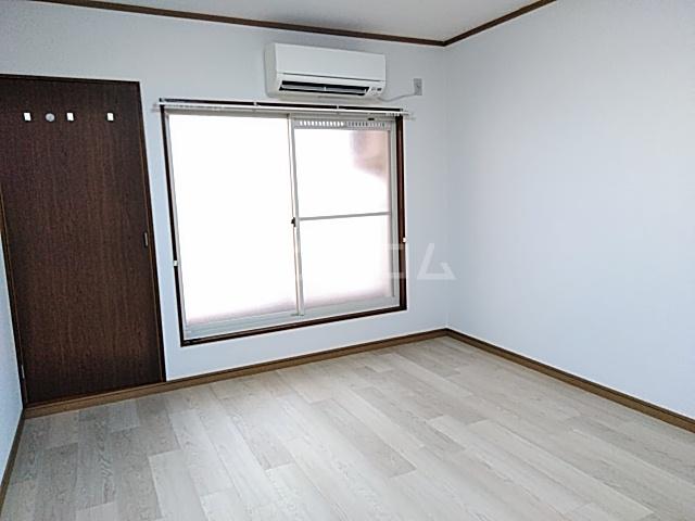 ラフォーレ小野原 202号室のベッドルーム
