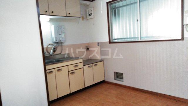 山ノ上ハイツ 301号室のキッチン