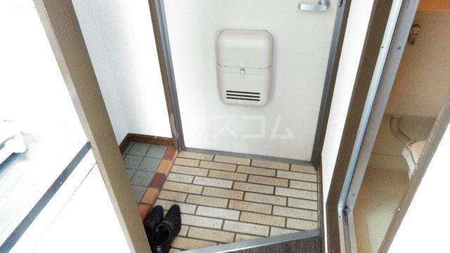 グリーン蛍 201号室の玄関