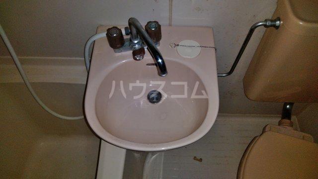 コアヒルI 301号室の洗面所