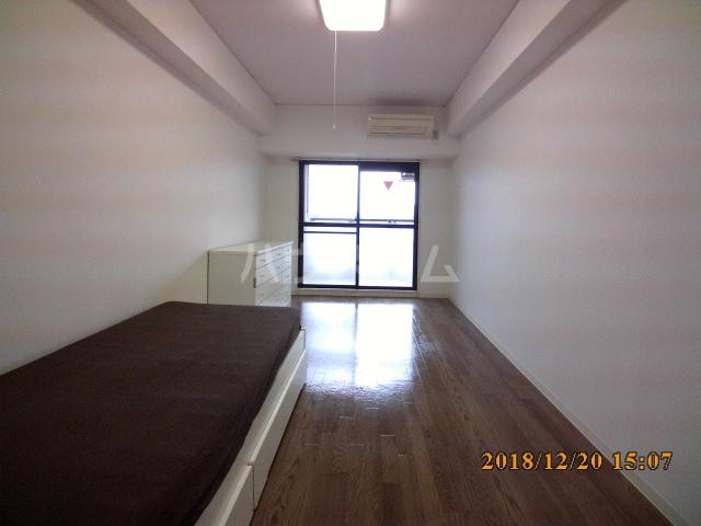 ミルオンデュール竹生 203号室のベッドルーム