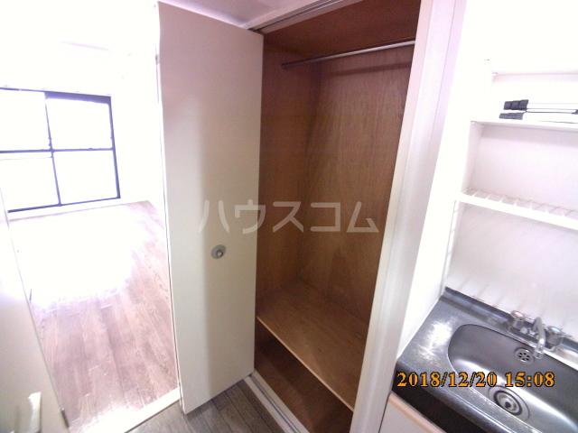 ミルオンデュール竹生 203号室の収納