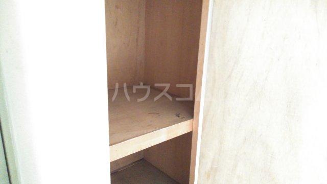 長興寺マンション 302号室の収納
