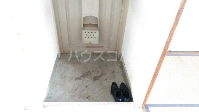 長興寺マンション 302号室の玄関