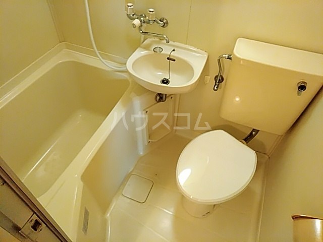 サンパレス21パティオ豊中B棟 202号室の風呂