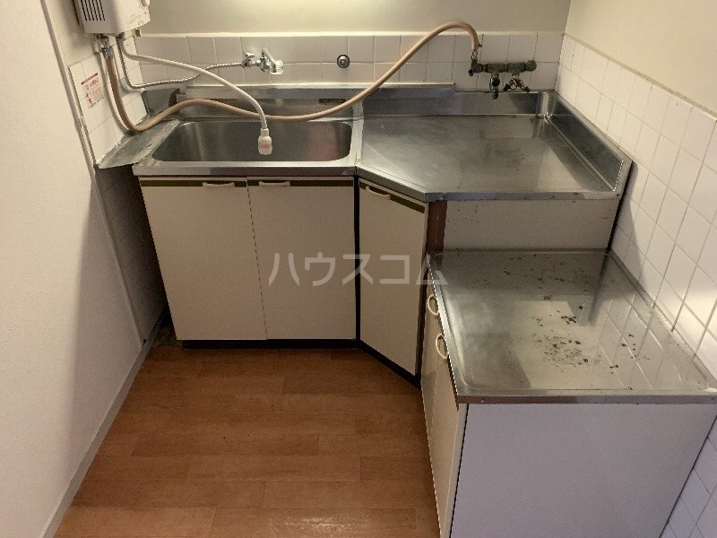 パレス柴原 103号室のキッチン