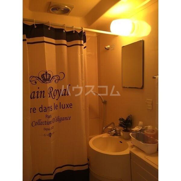 エムエス岡町ビル 302号室の風呂