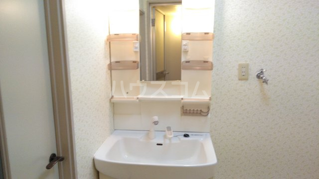 アンシャンテ豊中 101号室の洗面所