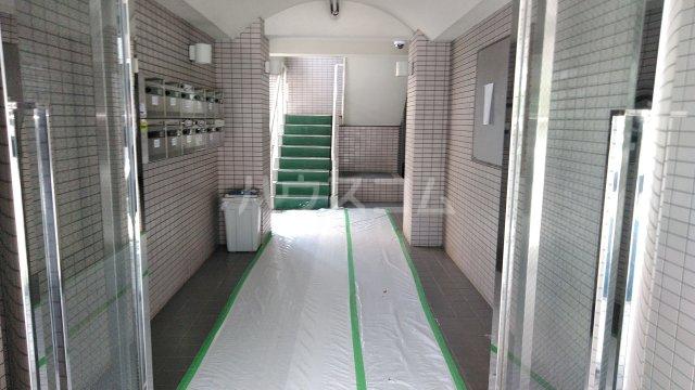 M・T・Dサンフラワー 203号室のエントランス