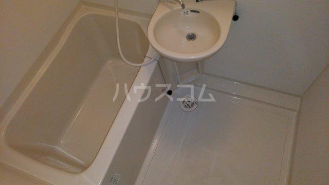 M・T・Dサンフラワー 203号室の風呂