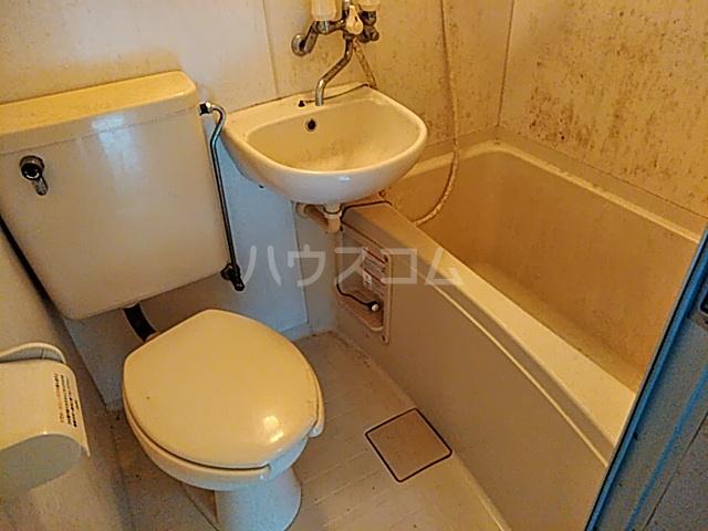 LIVE 208号室のトイレ