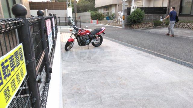 アンシャンテ豊中 105号室の駐車場