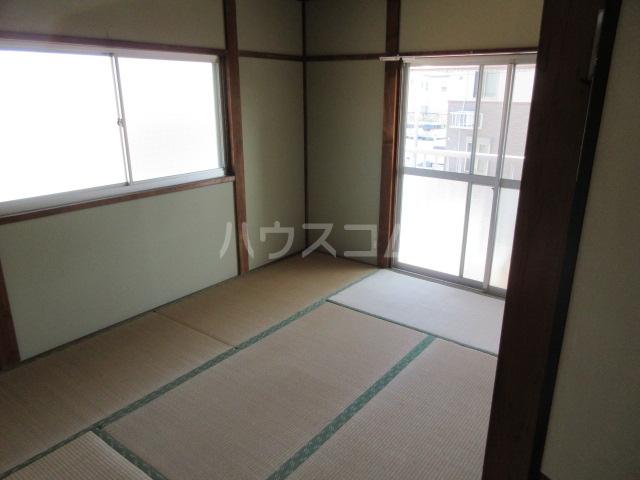 第一長谷川コーポ 101号室の居室