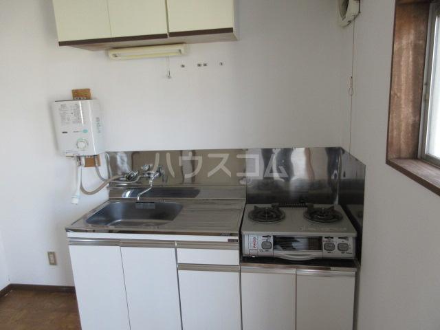 第一長谷川コーポ 101号室のキッチン