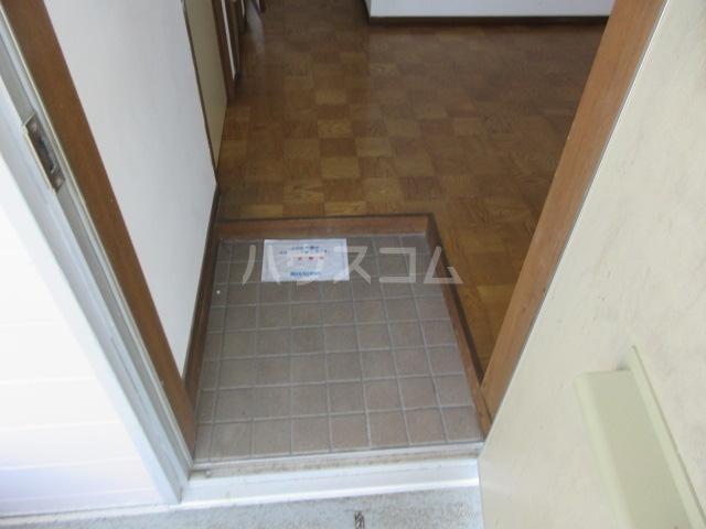 第一長谷川コーポ 101号室の玄関
