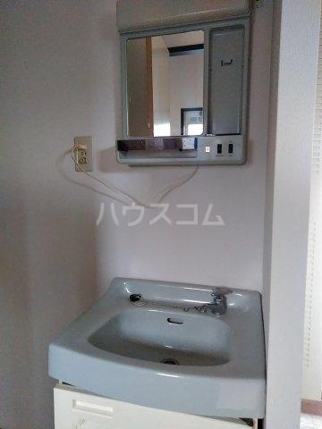 吉田ハイツ 101号室の洗面所