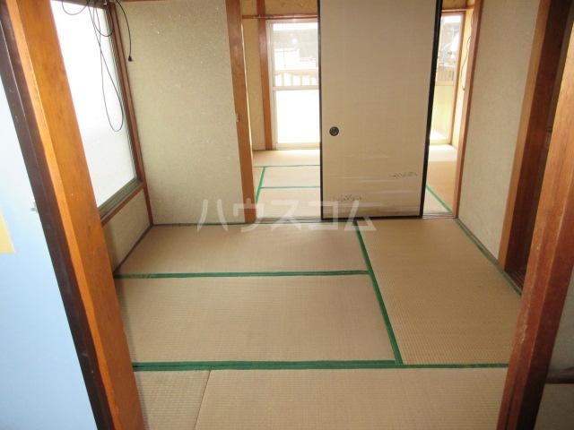 紫山荘 201号室のベッドルーム