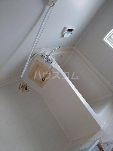 コーポルークワットA 202号室の風呂
