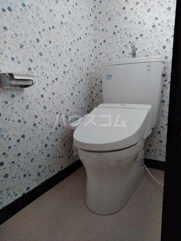 コーポルークワットA 202号室のトイレ